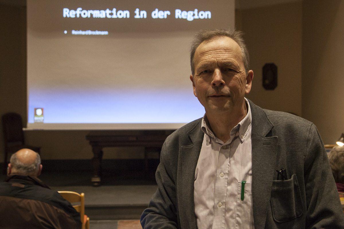 Reinhard Brockmann kurz vor Beginn seines Vortrags.