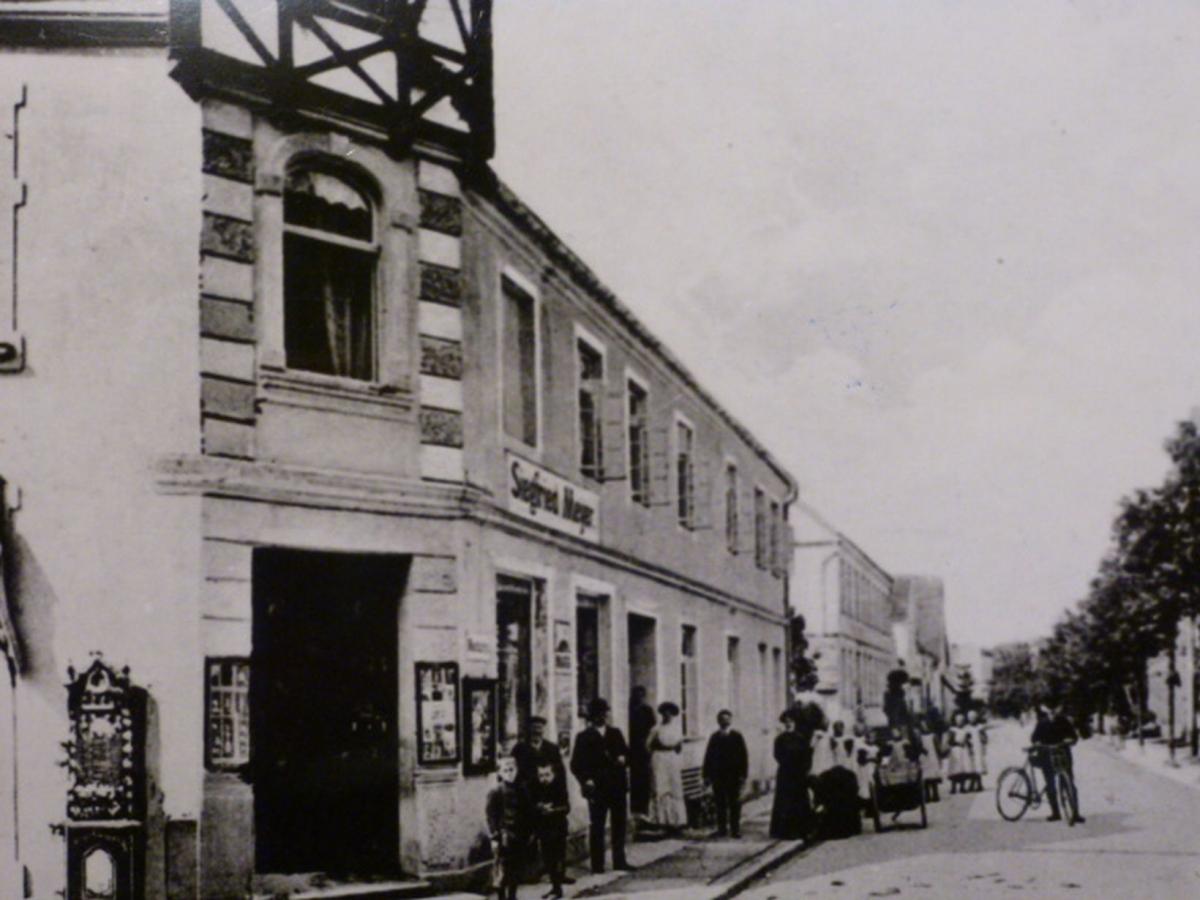 Kaufhaus Siegfried Meyer, Lange Straße Ecke Brunnenstraße ca. 1925