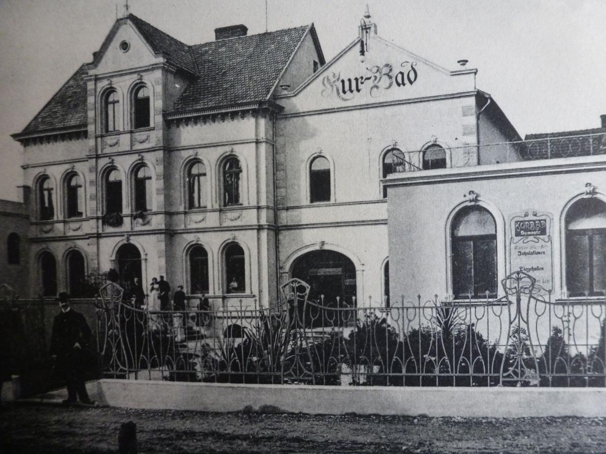 Villa Carla, Kurbadeingang Dammstraße, Kurhaus, ca. 1910