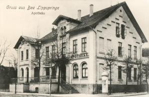 Arminius Apotheke ca. 1900.