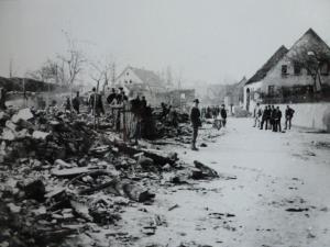 Brand in Lippspringe Martinstraße rechts das Pfarrhaus