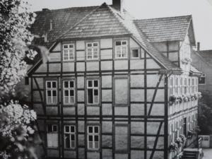 Damaliges Rathaus Lippspringes an der Burg, ca. 1921
