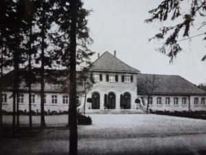 Kaiser-Karls-Bad Gebäude