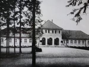 Kaiser-Karls-Bad Gebäude komplette Darstellung, ca. 1928
