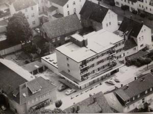 Luftbild Friedrich-Wilhelm-Weber-Platz mit SpaDaKa und Parktheater Kino, ca. 1970er Jahre